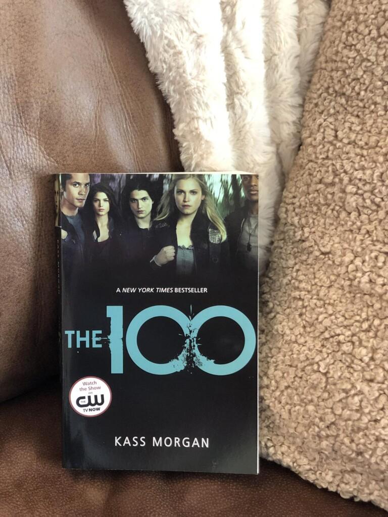 The 100 Book Series vs TV Show